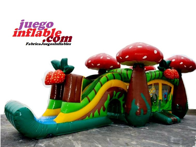 Tobogan Castillo  inflable Bosque Encantado